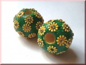 hand-made bead: SRI-296